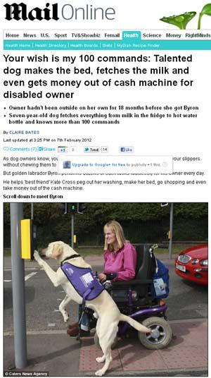 A inglesa Kate e seu labrador Bayron em reportagem do Daily Mail (Foto: Reprodução)