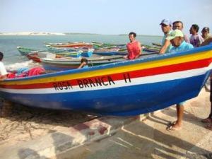 Local onde a jangada foi encontrado foi sinalizado. (Foto: Thadeu Nogueira/Camocim Online)