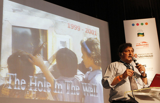 sugata mitra (Foto: Flavia de Quadros/indicefoto.com)