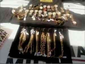 PM consegue recuperar objetos roubado (Foto: Reprodução/ Tv Integração)