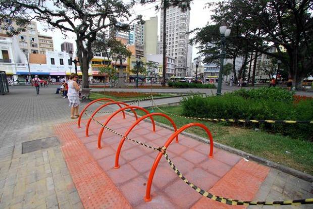 Paraciclos são instalados em Curitiba (Foto: Divulgação/ Prefeitura de Curitiba)