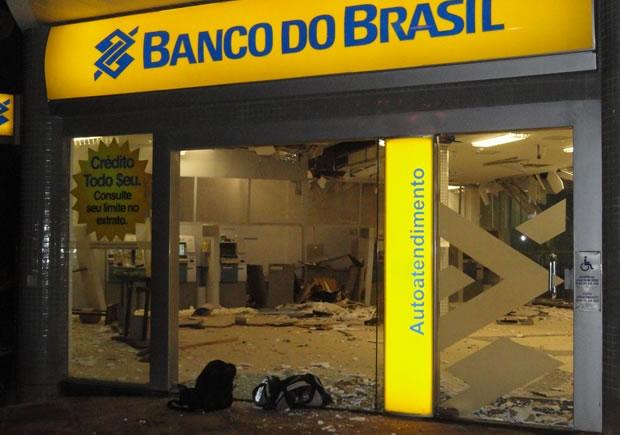 Resultado de imagem para assaltos a bancos