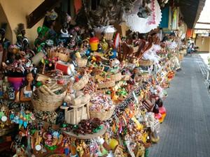Mercado Municipal Thales Ferraz tem várias opções de presentes (Foto: Joelma Gonçalves/G1 SE)