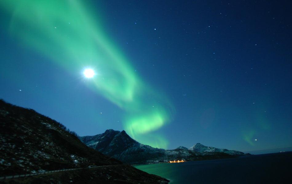 "Fenômeno chamado de ""luzes do Norte"" foi fotografado por brasileiros que estiveram na Noruega e Finlândia."