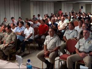 Associação dos Oficiais da PM da Bahia vota por não adesão à greve (Foto: Reprodução/ G1)