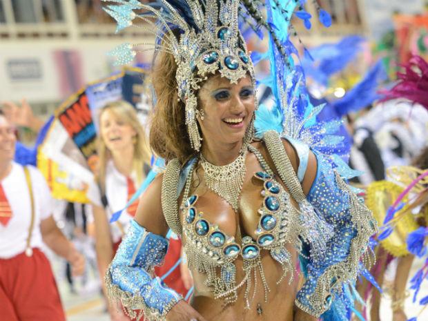 Passista da Andaraí, Patrícia Telles chamou a atenção pela beleza
