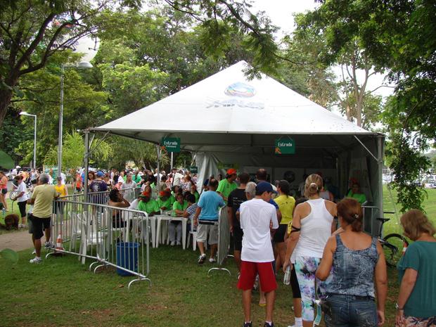 'Projeto Caminhar 2012' atendeu a 9 mil pessoas em Belo Horizonte. (Foto: Gil Canaan)