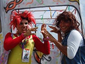Personagens Janete e Valéria do Metrô do Zorra Total (Foto: Luna Markman/G1 PE)