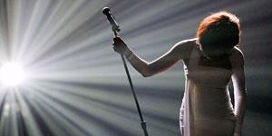 Grammy altera programação para dar adeus a Whitney (Grammy altera programação para dar adeus a Whitney (Reuters))