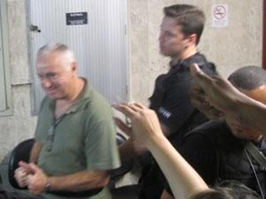 Jerominho chega para o julgamento nesta terça-feira (14) no Rio (Foto: Lilian Quaino/G1)