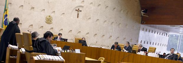 Plenário do Supremo, em dezembro de 2011, durante julgamento da Ficha Limpa, interrompido por pedido de vista de Dias Toffoli (Foto: Gervásio Baptista/SCO/STF)