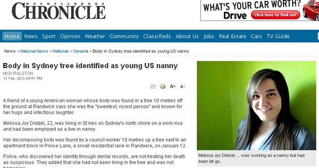 Reportagem do 'Musswellbrook Chronicle' exibe foto da jovem de 22 anos encontrada morta (Foto: Reprodução)