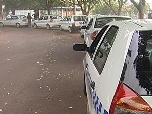 Taxistas têm 60 dias para aferir equipamentos (Foto: Reprodução/TV Integração)