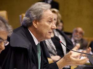 O ministro Ricardo Lewandowski durante o julgamento da Lei da Ficha Limpa no Supremo Tribunal Federal (Foto: Gervasio Baptista / STF)