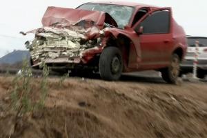 Acidente deixa três mortos (Foto: TV Verdes Mares/Reprodução)