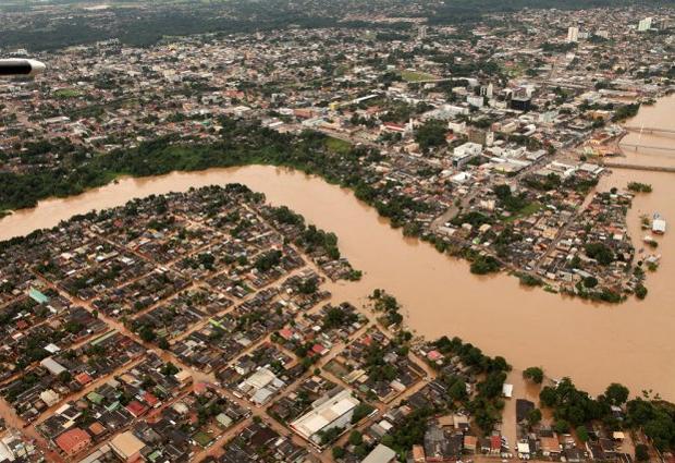 Vista aérea de Rio Branco, atingida pela enchente do Rio Acre (Foto: Divulgação/Sérgio Vale/Prefeitura de Rio Branco)