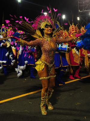 Ellen desfile há seis anos na escola (Foto: Flavio Moraes/G1)