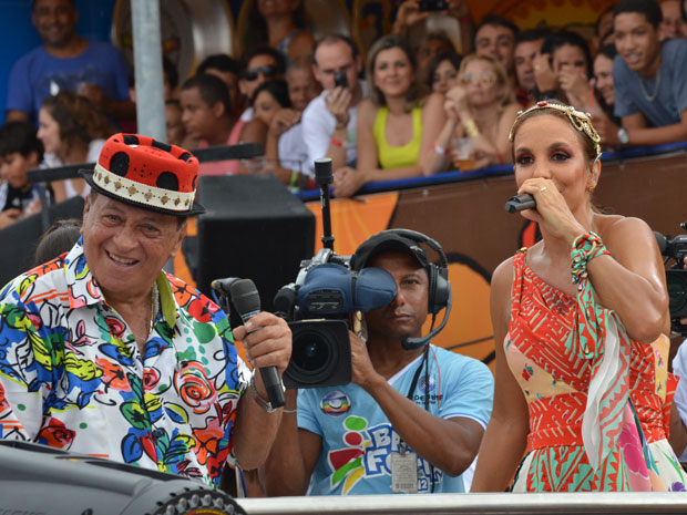 Ivete Sangalo chama Genival Lacerda para cantar no trio no circuito