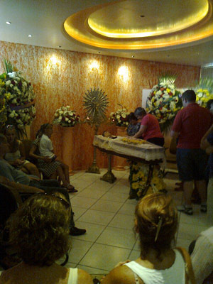 Velório cantor sertanejo (Foto: Renata Kerber/RBS TV)