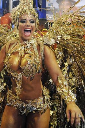 Viviane Araújo é rainha da bateria do Salgueiro; veja musas (Alexandre Durão/G1)