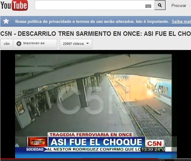 TV argentina mostra vídeo do momento do acidente de trem (Foto: Reprodução de vídeo)