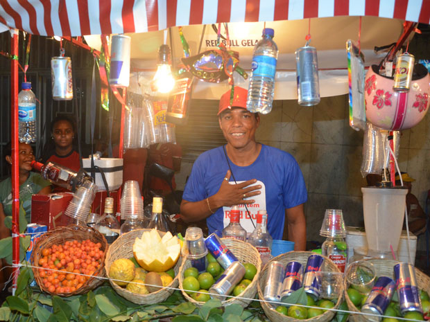 Jair, vendedor (Foto: Eduardo Freire/G1)