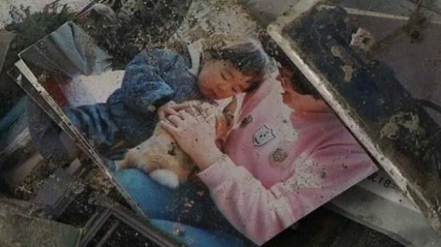 Fotos perdidas em tsunami voltam a seus donos no Japão (Foto: BBC)