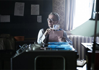Gary Oldman em cena do filme 'O espião que sabia demais' (Foto: Divulgação)