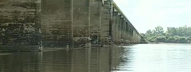 Rio Uruguai teve um aumento de mais de um metro no nível (Foto: Reprodução/RBS TV)