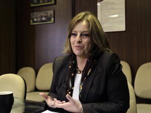 Diretora do Instituto de Psiquiatria do México anuncia sucesso dos testes da vacina contra dependência em heroína. (Foto: Henry Romero / Reuters)