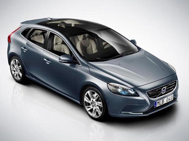 Volvo V40 (Foto: Faltando poucos dias para a abertura do Salão do Automóvel de Genebra, na Suíça (8 e 18 de março), a Volvo resolveu apresentar por completo o seu novo modelo. Trata-se do V40, um hatch baseado no sedã S60. )