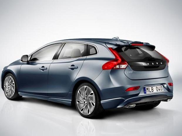 Volvo V40 (Foto: Apesar disso, o novo carro será menor que o modelo que o sucedeu e competirá diretamente com outros hatches como o Audi A3 e BMW Série 1.)