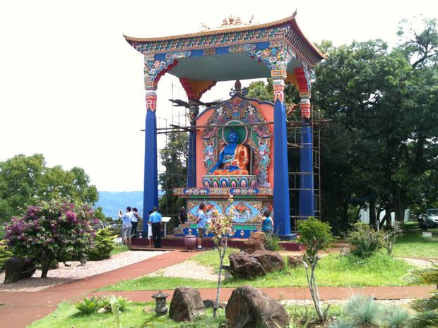 Templo Budista de Três Coroas recebeu turistas nesta manhã (Foto: Luciane Kohlmann)