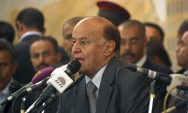 Abd-Rabbu Mansour Hadi assume o poder em cerimônia nesta segunda-feira (27) em Sanaa, capital do Iêmen (Foto: AFP)