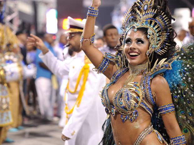 Deborah Caetano quer tentar carreira de modelo ou de apresentadora (Foto: Raul Zito/G1)