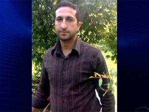 Iraniano Youssef Nadarkhani foi preso, acusado de abandonar a fé islâmica (Foto: Reprodução / TV Globo)