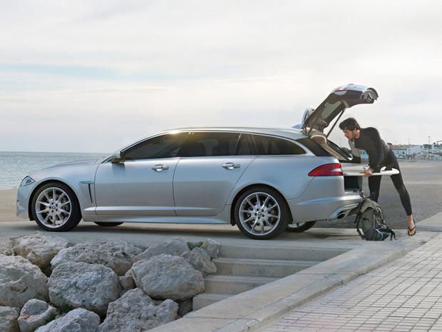 Perua da Jaguar, a XF Sportbrake, tem 550 l de capacidade do porta-malas (Foto: Divulgação)