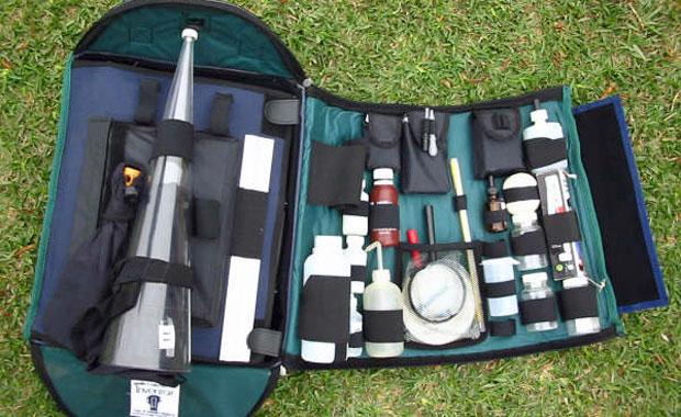 Laboratório portátil inventado por Juan ajuda ONGs a fazerem medição ambiental (Foto: Arquivo pessoal)