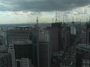 Chuva atinge parte de São Paulo (Foto: Reprodução/TV Globo)