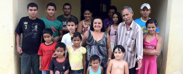 casal tem 38 filhos no CE (Foto: Caroline Alexandre/Arquivo pessoal )