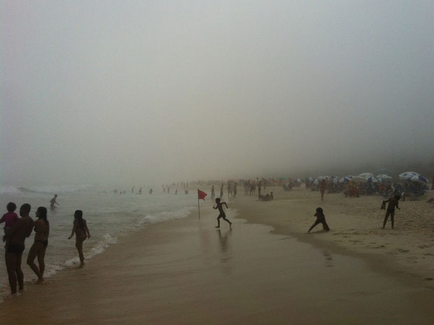 Londrina Beach in Rio de Janeiro's South Zone shrouded in heavy fog on Saturday 03 March 2012