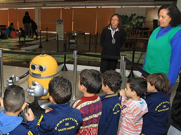 Sabina robô (Foto:  Sabina Escola Parque do Conhecimento/Divulgação)