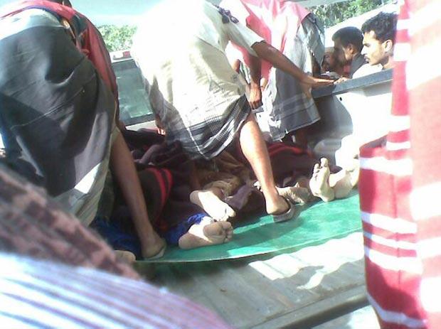 Soldados feridos em ataque em Zinjibar neste domingo (4) (Foto: AP)