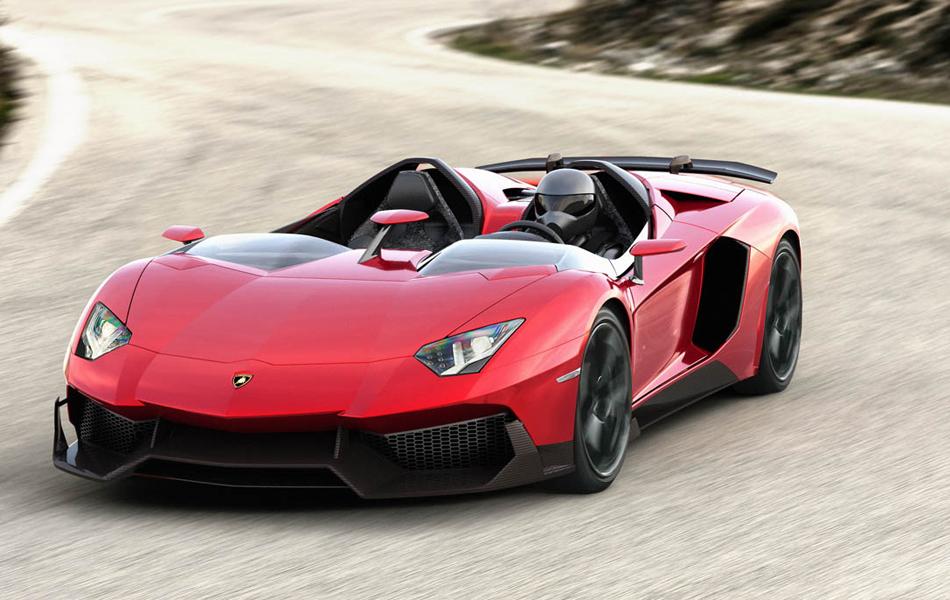 Esportivo tem motor de 12 cilindros e 6.5 litros