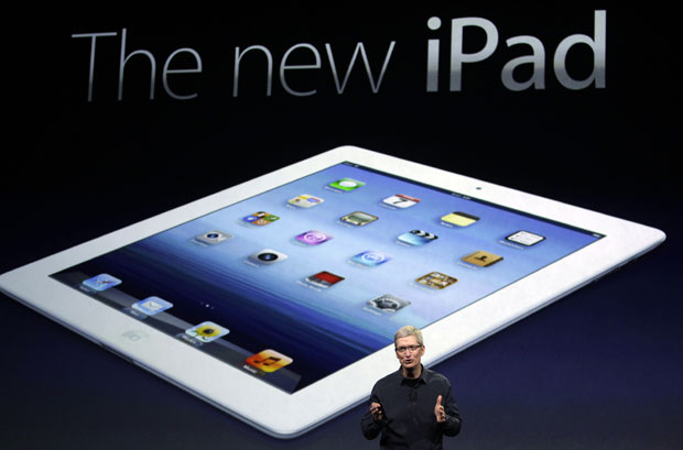 Tim Cook apresenta o novo iPad (Foto: Paul Sakuma/AP)