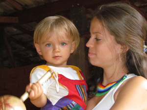 Luana Mantegazza com o filho. (Foto: Álbum de família)