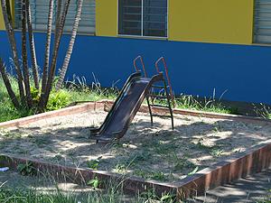 Tanque de areia interditado após crianças terem contraído doença em Araraquara (Foto: Felipe Turioni/G1)