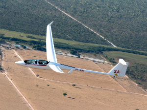 planador em pleno voo (Foto: Divulgação)