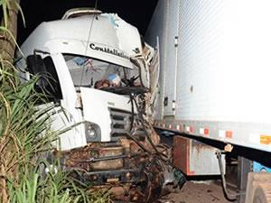 Acidente na BR-364 em Rondonópolis (Foto: Varlei Cordova/ Agora MT)