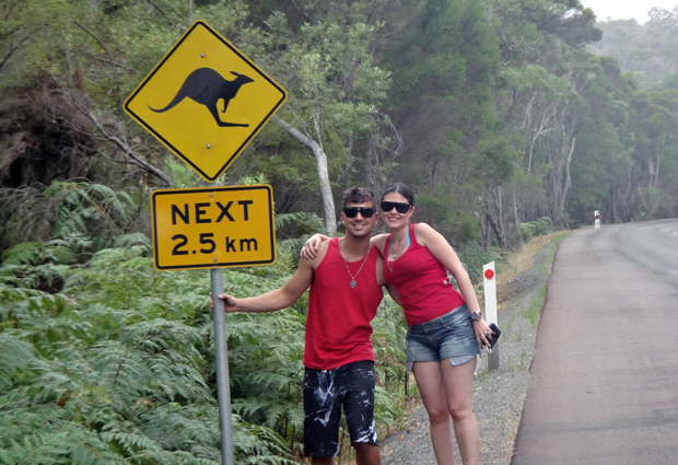 Marcusi Vinicius da Silva Farias e Fernanda Ferreira Mizzin estudam e trabalham na Austrália desde abril de 2011 (Foto: Arquivo pessoal)